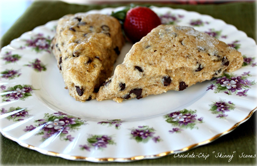Chocolate-Chip Skinny Scones | 2 Sisters 2 Cities