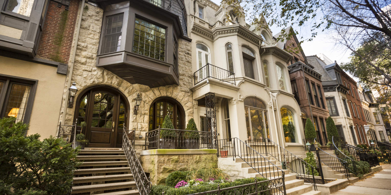 Landmark classic residential street in Chicago Illinois USA