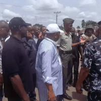 Nigeria Military Stops Gov. Amaechi From Inspecting Polling Units In The State - PHOTOS!
