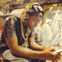 Fake Davido OBO Custom Necklace Now On Sale in Lagos - See a Replica
