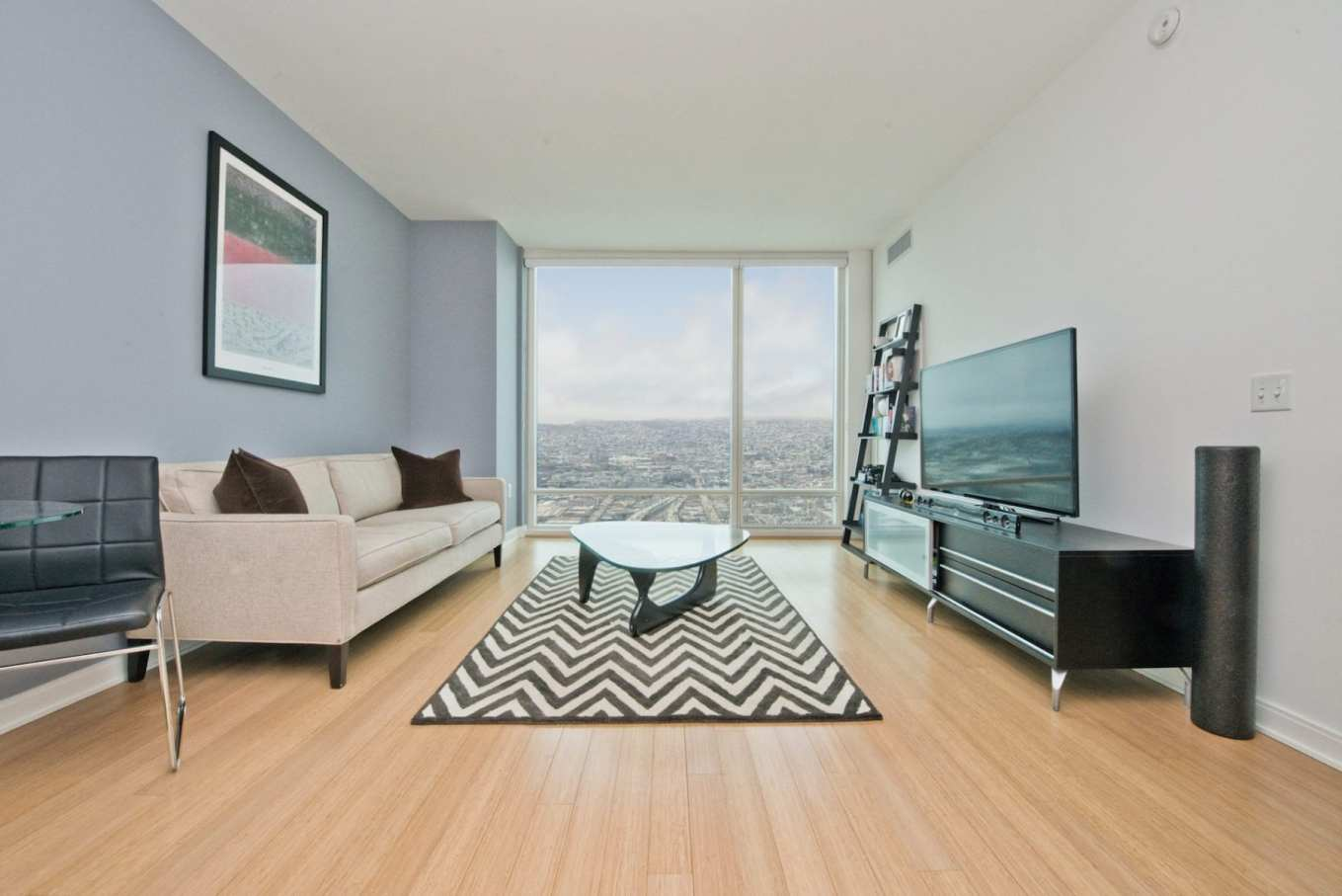 For Sale: 425 1st Street #4605, San Francisco, CA 94105. Photo: Vincent Heung, JODI Group Real Estate.