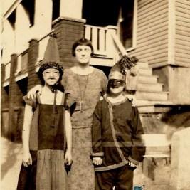Vintage Halloween Costumes, 1900s-20s (22)