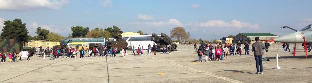 Επίσκεψη των μαθητών του 5ου Γυμνασίου Κατερίνης στην 110 Πτέρυγα Μάχης