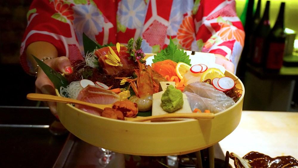 Sashimi plater presented
