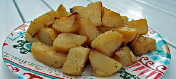 Highchair Travelers: Ellinikos Lemoni Patatas (Greek Lemon Potatoes)