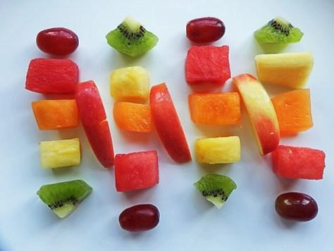 St patricks day snack rainbow fruit