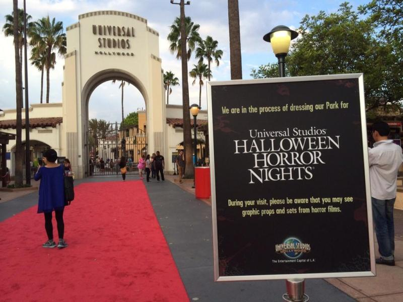 The Halloween Horror Nights 2014 Employee Preview at Universal Studios Hollywood.  Photo by InsideUniversal.