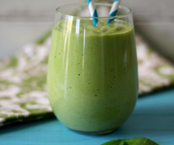 Tropical Green Monter Debloating Smoothie