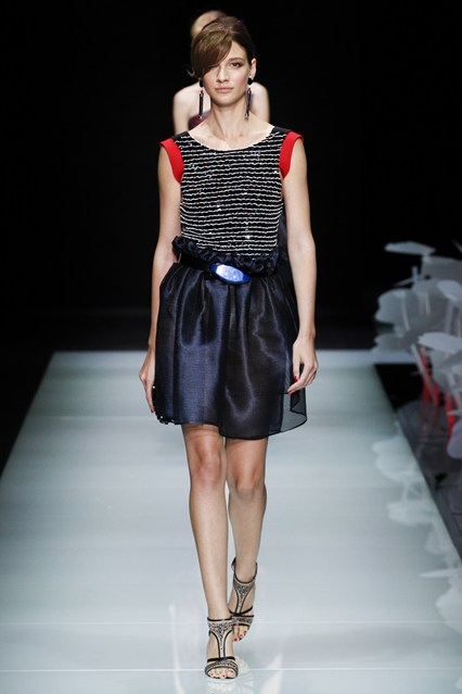 Armani_italian designs-fashion-magazine (21)