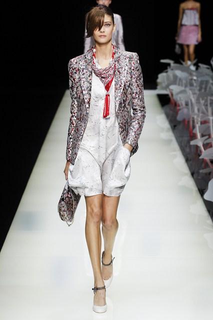 Armani_italian designs-fashion-magazine (6)