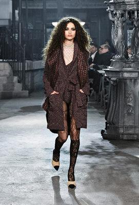 Chanel_runway_fashion_magazine_social (26)