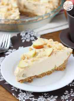 Voguish Apple Peanut Butter Oatmeal Cookie Cheesecake Recipe From A Kitchenaddiction Apple Peanut Butter Oatmeal Cookie Cheesecake A Kitchen Addiction Apple Pie Cheesecake Jars Apple Pie Cheesecake Fo