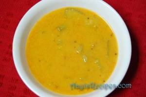 Dal with vegetables and coconut (Dali ambat)