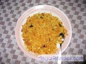 Chudvo/chooda/chivda (Konkani style)