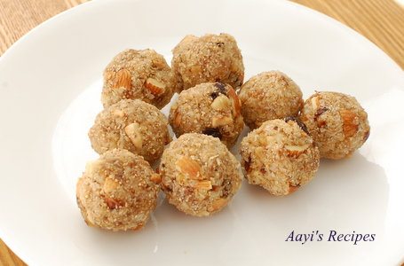 Dry Fruits Laddu (Dink Laadu/Antina Unde)