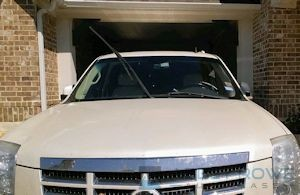 Cadillac Escalade Windshield Replacement   Abbey Rowe 2007 Cadillac Escalade ESV Windshield Replacement