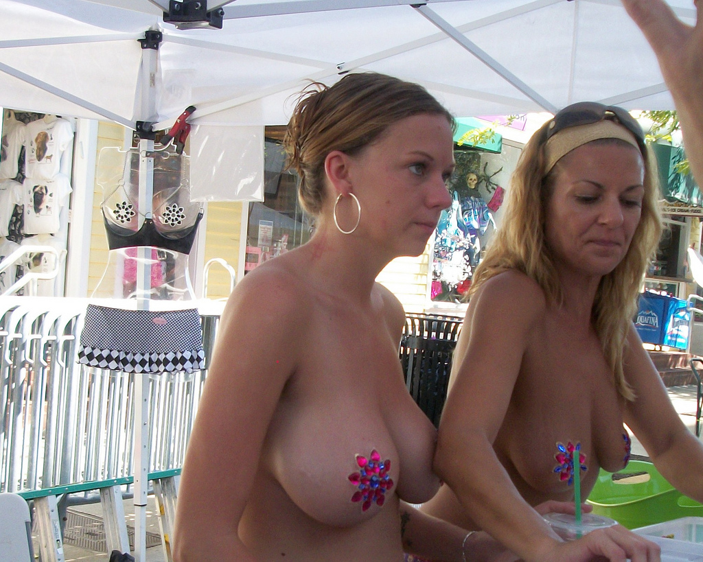 extreme mother daughter thong