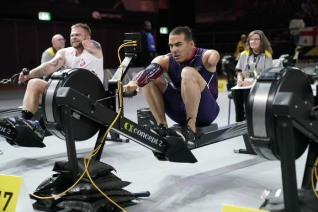 Competitors take part in the dry land rowing event at the 2018 Invictus Games in Sydney.
