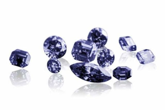 Blue diamonds from the Kimberley Argyle Diamond mine