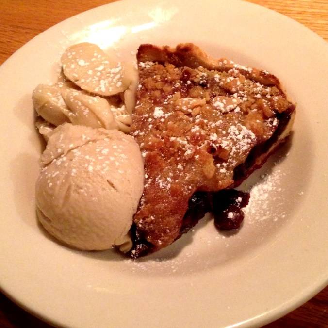 vegan cherry pie from ipanema cafe in richmond virginia