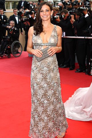 Evangeline Lily in Valentino Haute Couture - Cannes 2009