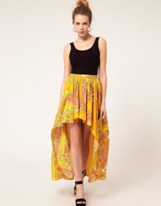 falda para piernas cortas: Asimétricas