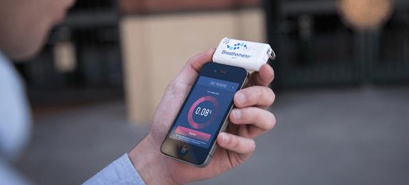 iphone_breathalyzer_app_device_Breathometer