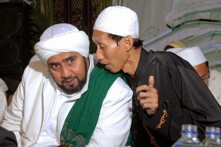 Habib Syekh bin AA dan Muhajir Madad Salim