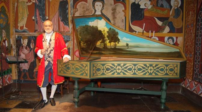 Sociedade Artística Villa-Lobos inicia temporada com recital do cravista Roberto de Regina