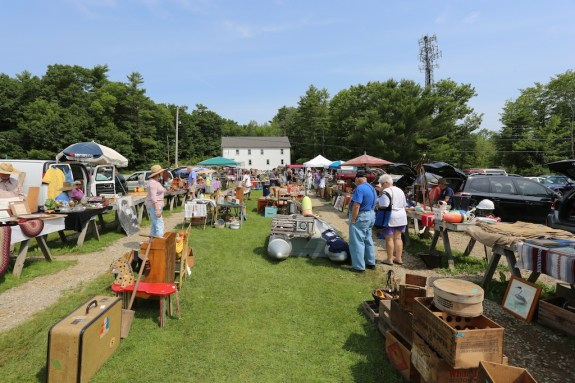 Maine_Flea_Market_04