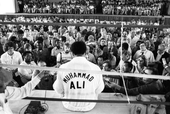 Ali Speaks to Press Prior to Foreman Fight