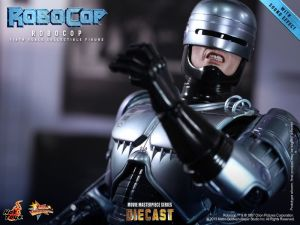 Hot Toys - RoboCop - RoboCop Collectible Figure_PR16