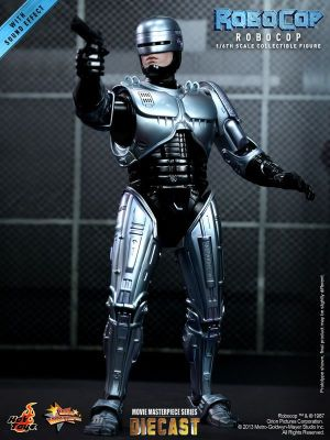 Hot Toys - RoboCop - RoboCop Collectible Figure_PR3