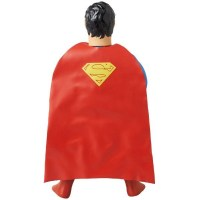 Superman-Sofubi-Figure-2