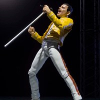 Tamashii Nations Freddie Mercury