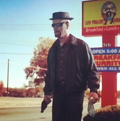 Mezco Breaking Bad Heisenberg - Los Pollos Hermanos