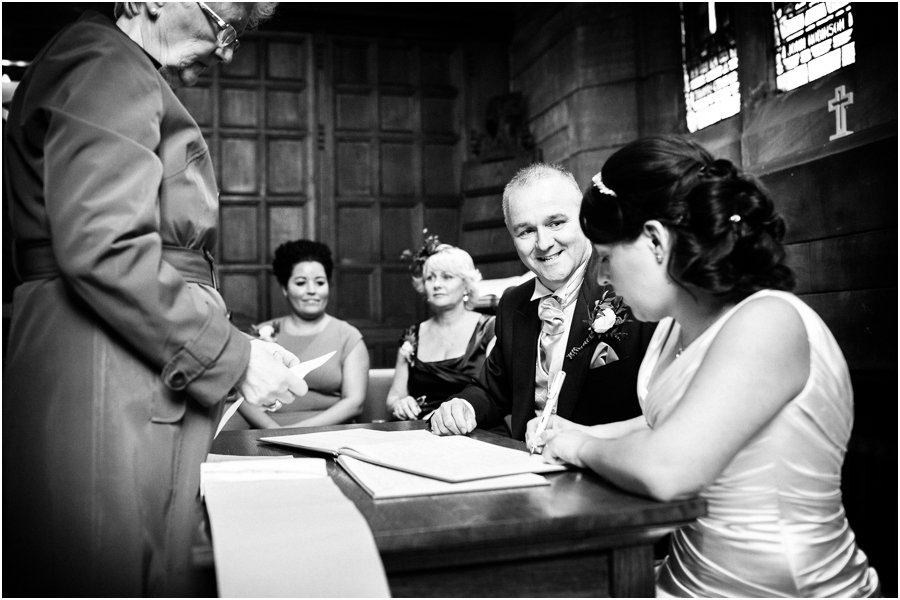church ceremony reportage wedding coverage