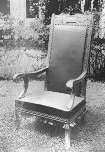 Harding's Chair 01