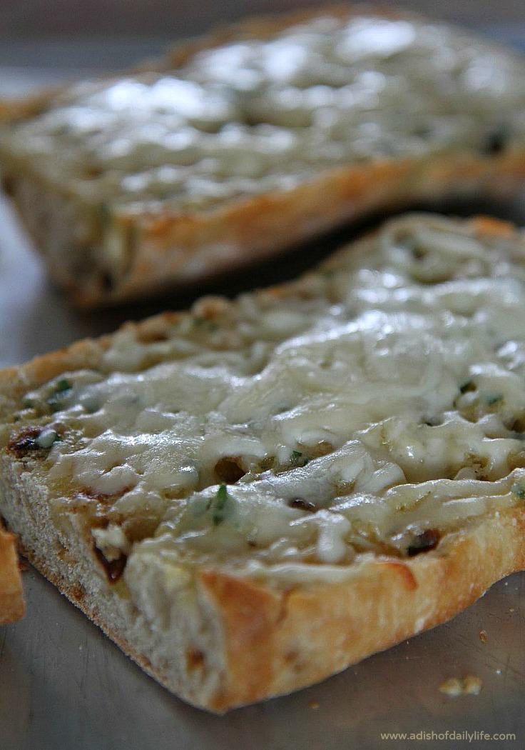 4 Cheese Roasted Garlic Bread