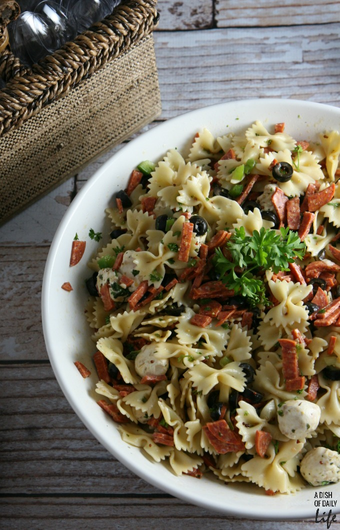Pizza Pasta Salad...all your favorite pizza fixings in a salad! Perfect for your next cookout or barbeque!