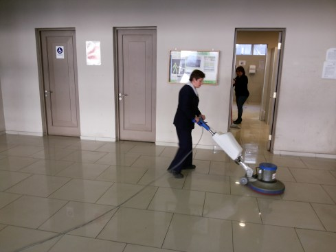empresa de limpieza del condominio