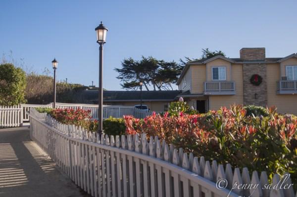 lodging options cambria carmel california. Black Bedroom Furniture Sets. Home Design Ideas