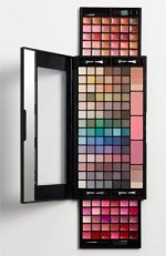 This amazing Nordstom palette is just $35.00 ($250 value)