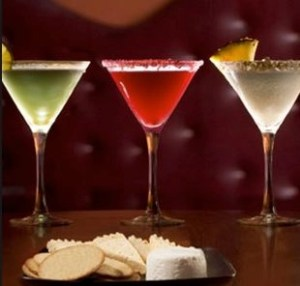 cocktails & cheese to seduce you on National Cheese Lovers Day #AdvicesistersCheeseDay""