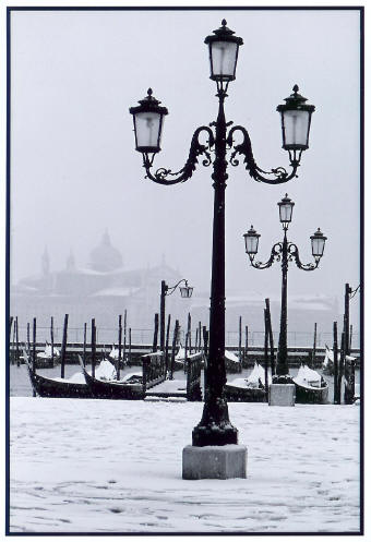 Lamp Posts & Gondolas