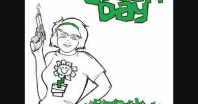 Green Day – 2,000 Light Years Away