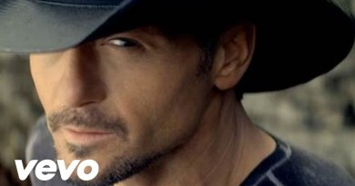 Tim McGraw – Highway Don't Care feat. Taylor Swift & Keith Urban