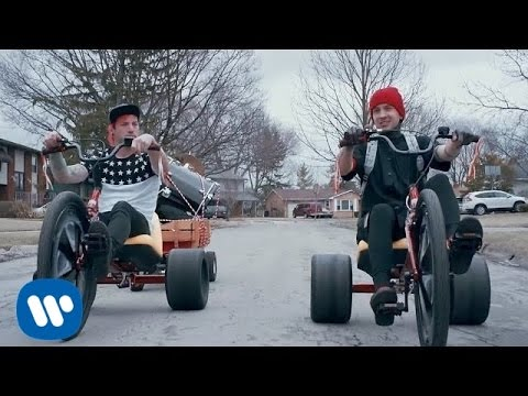 ​twenty one pilots - Stressed Out