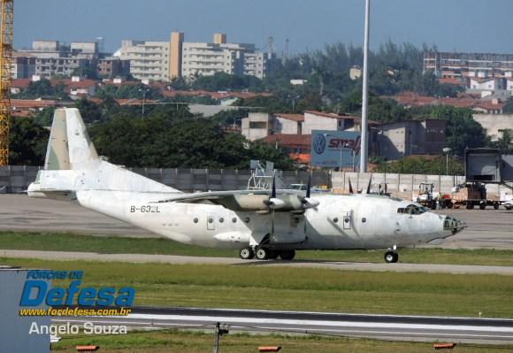 Y-8 da Venezuela em Fortaleza - foto angelo souza