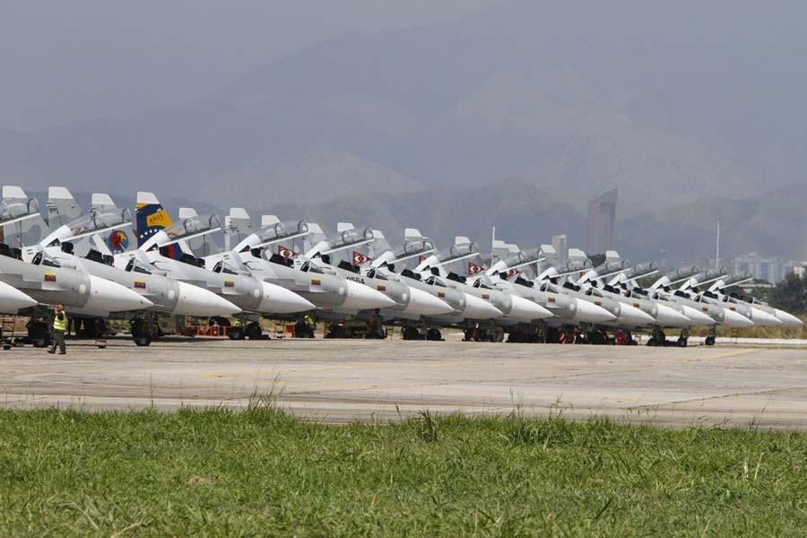 Cazas de Venezuela pueden haber invadido el espacio aéreo brasileño Su-30-da-venezuela3
